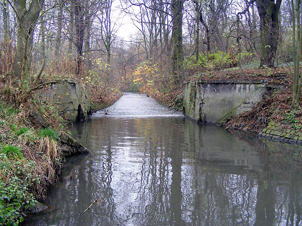 Pozostałości po mostku
