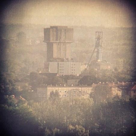 Piekary Śląskie, Kopiec Wyzwolenia, widok na szyb Krystyna
