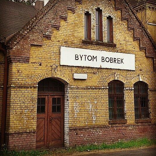 Bytom, Bobrek, dworzec kolejowy