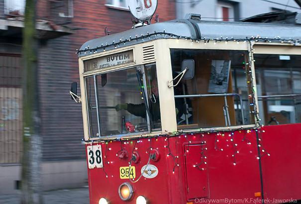 Świąteczny tramwaj nr 38 w Bytomiu